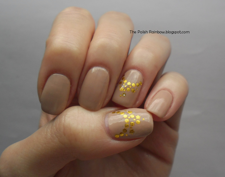 The Polish Rainbow: Nude And Gold - Nail Look For A Lady