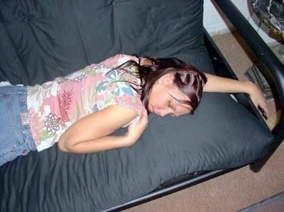 cewek seksi tidur