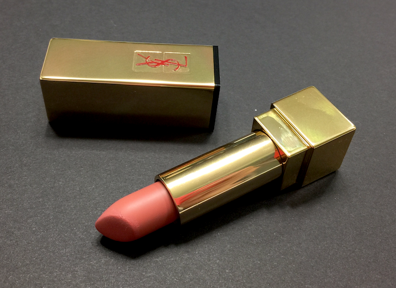 No Fuss Makeup Clarins Ombre Matte, Bourjois 123 Perfect, YSL The Mats