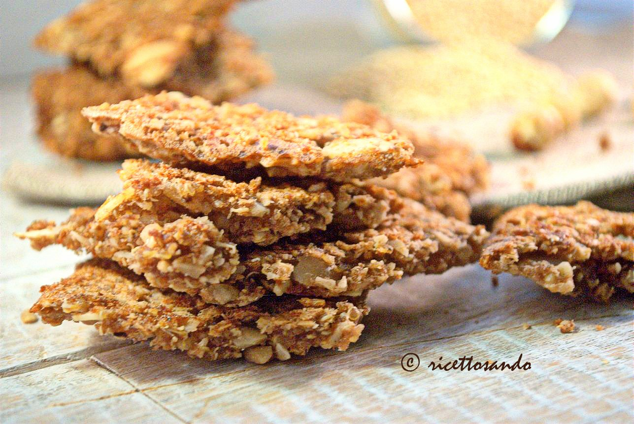 Gallette dolci di quinoa con nocciole e cioccolato