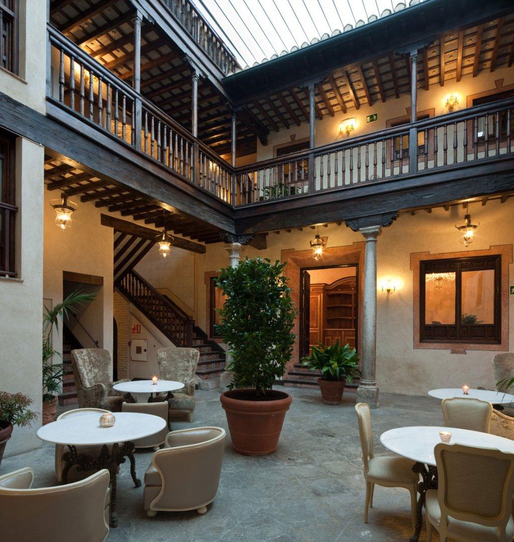 Sin entrar en tu casa hotel con vistas a la alhambra - Hotel casa espana villaviciosa ...