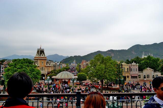 Hong Kong Disneyland (c) Rizza Salas