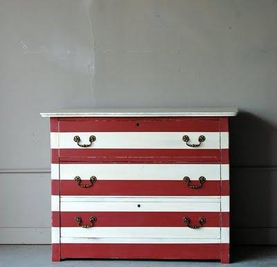 home christmas decoration diy inspiration dresser. Black Bedroom Furniture Sets. Home Design Ideas