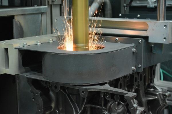 Ford desarrolla un proceso que permite salvar motores del desguace y reducir la contaminación