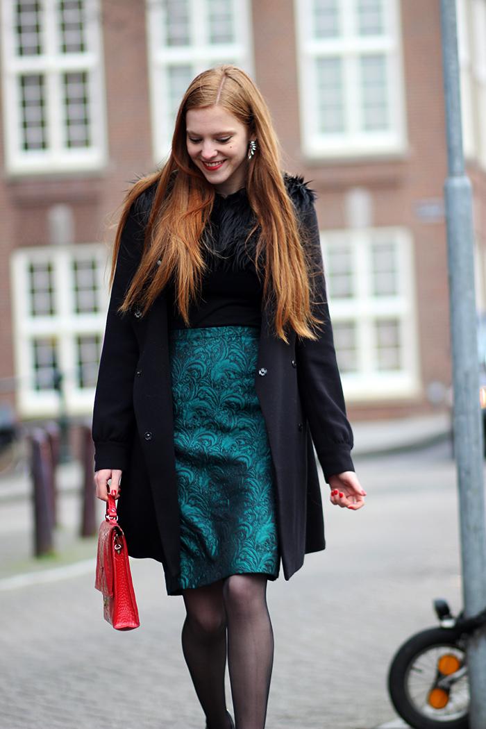 Posh Emerald faux fur patent brogues vintage chique outfit