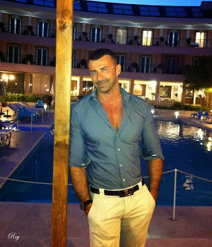 Gigolo Roma - Roy cell.  338 2214559