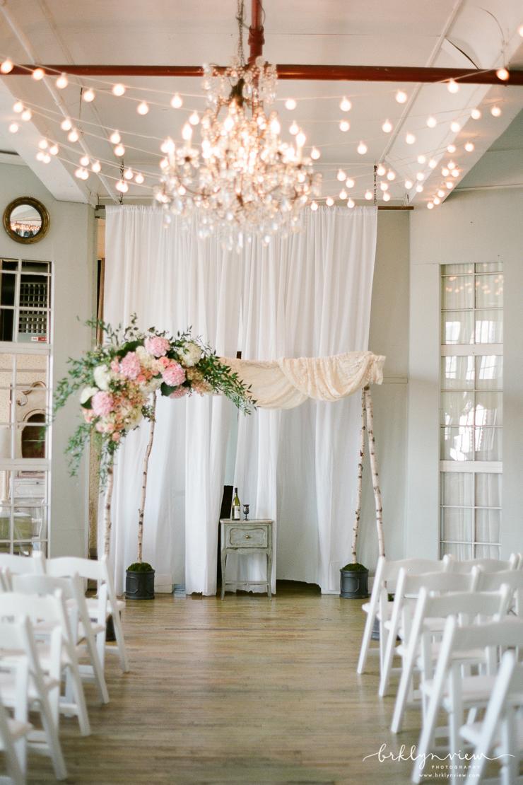 Metropolitan Building Wedding Photos