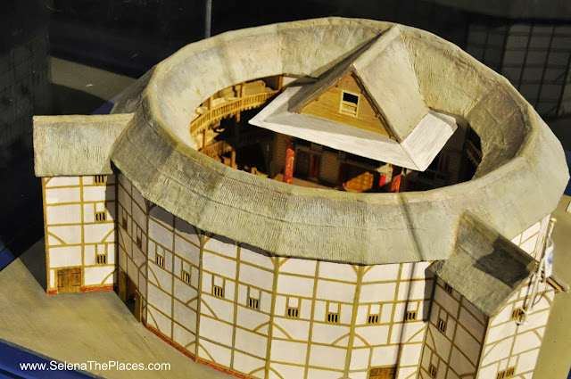 Model Shakespeare's Globe London