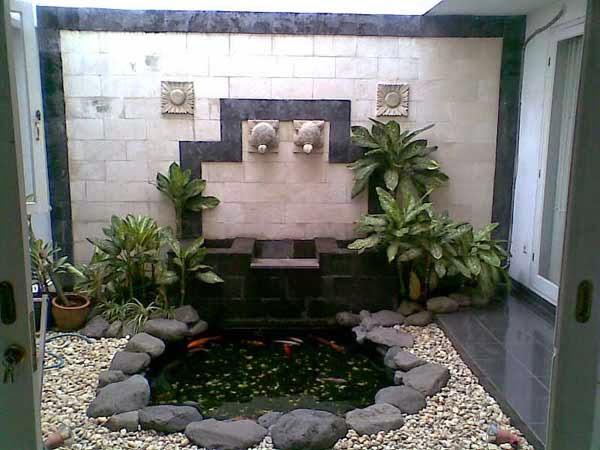 taman kolam ikan indoor
