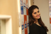 surabhi latest gorgeous looking pics-thumbnail-2