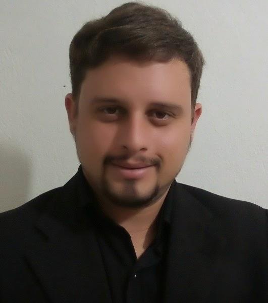 Diretor Marcos Augusto