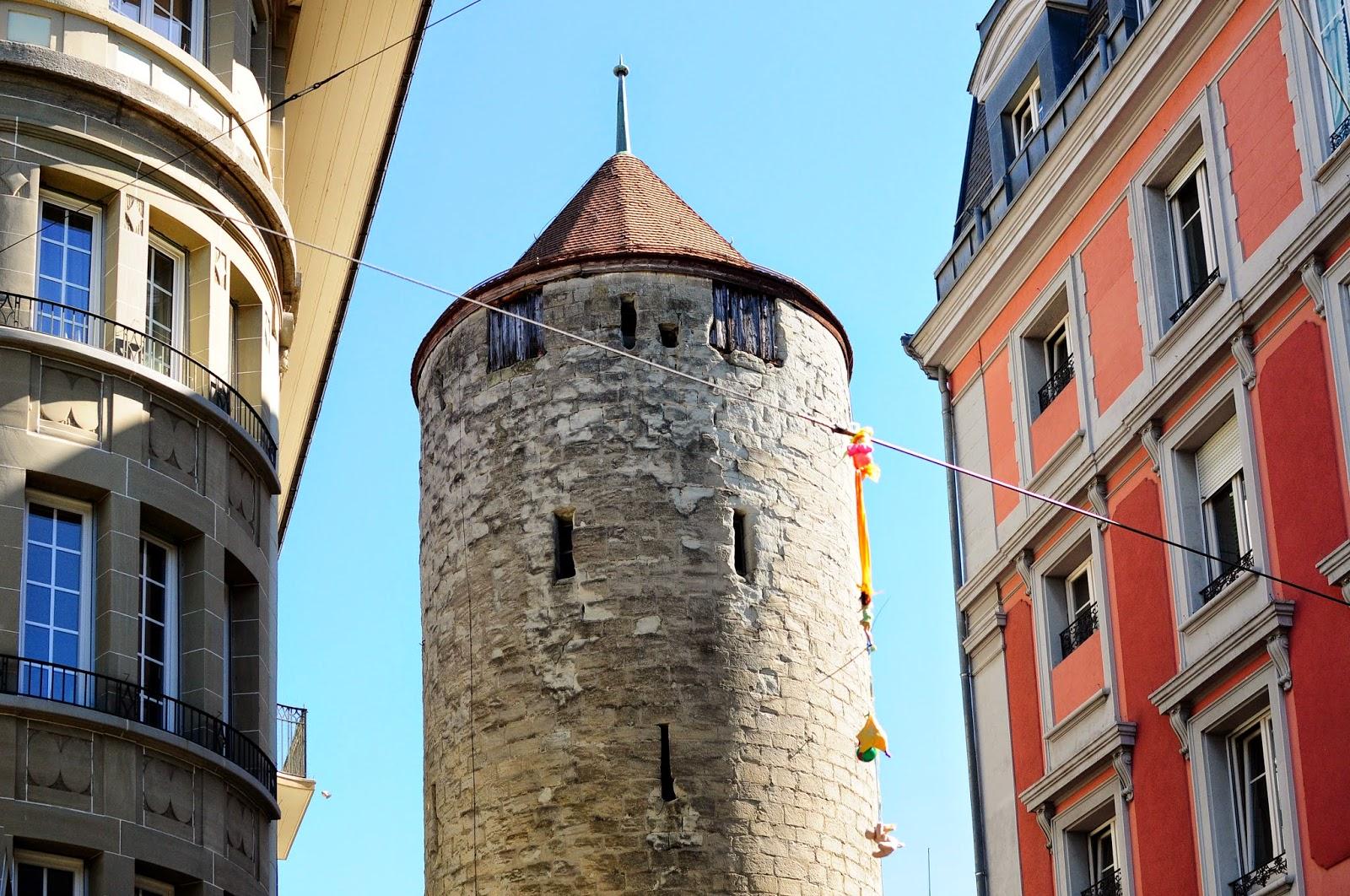 La tour Lausanne tourism