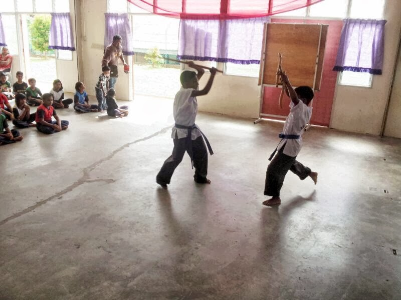 dengkil women Falling scaffolding kills worker in sepang fmt reporters | january 4, 2017  dengkil, sepang, on jan 2  'fortnite' gaming star defends not playing with women.