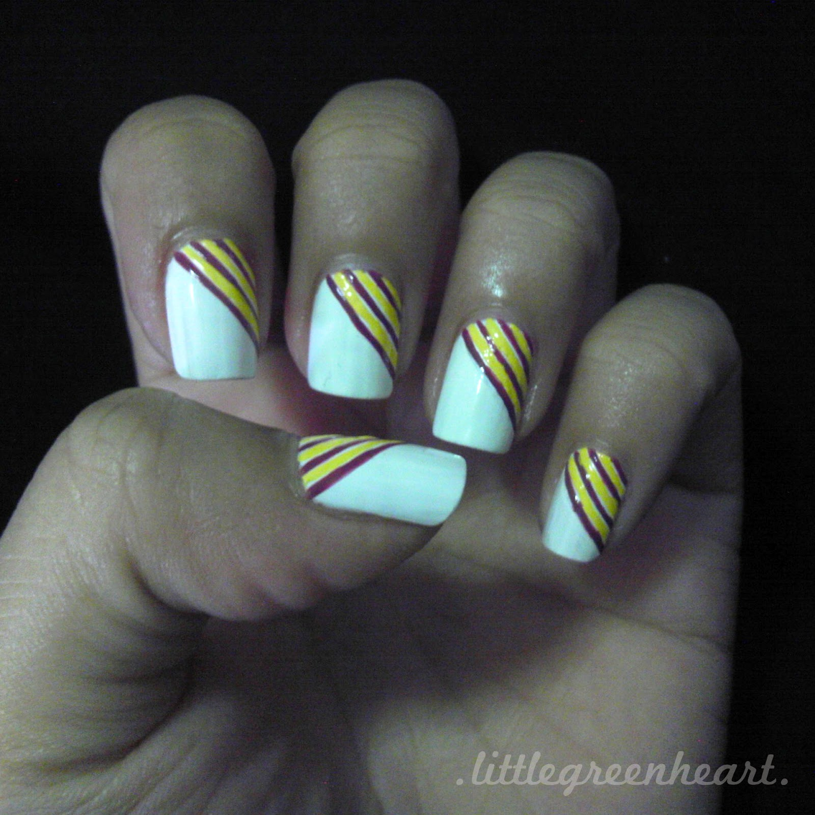 Todo unhas dise o de u as con l neas mira estos for Disenos de unas 2012