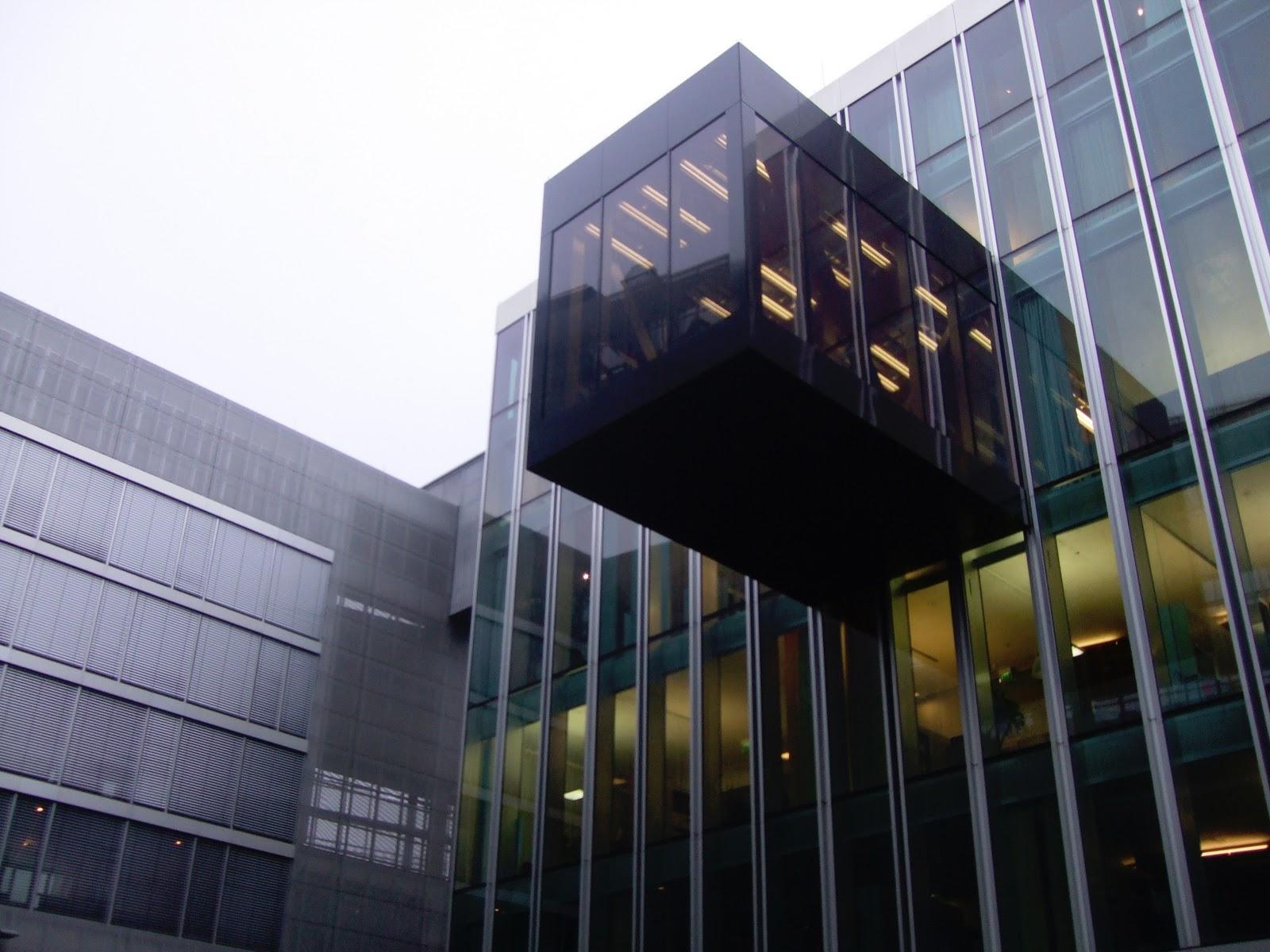 Najpoznatije svetske arhitekte OMAEmbassyBerlinExteriorB_LukeButcherCopyright