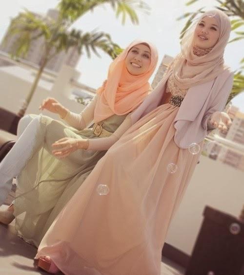 Ada beberapa cara memakai hijab agar terlihat lebih menarik dan styles ...