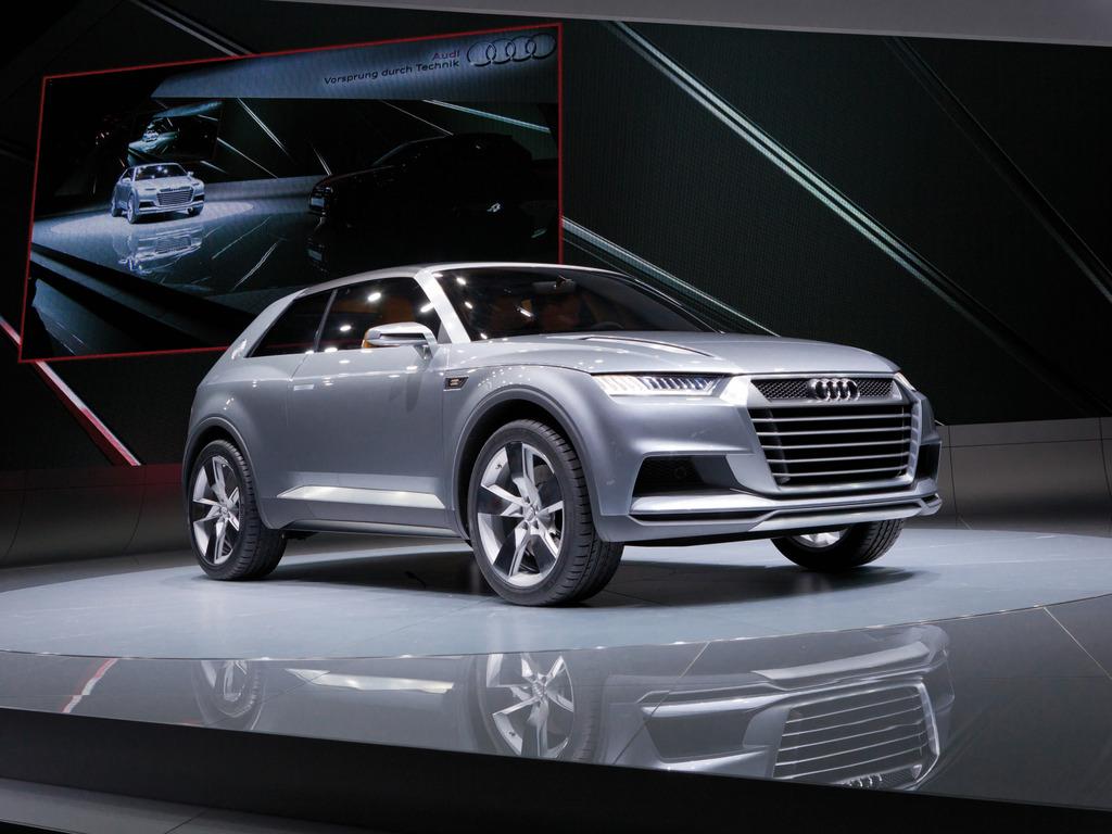 Audi Q9 2015 Audi crosslane concept photo