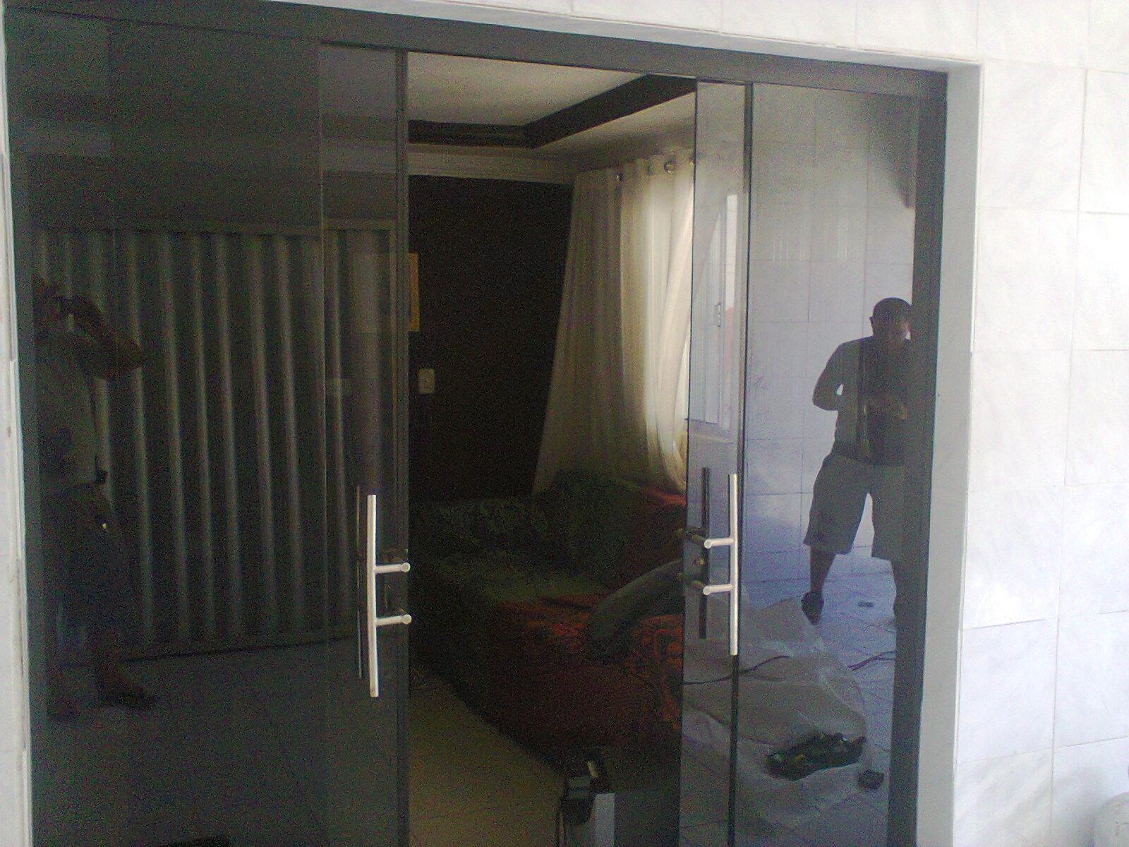 #675F4E portas e janelas de madeira c blindex mad portas madeira s portas e 722 Janelas Vidro Duplo Madeira