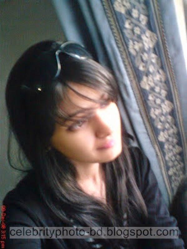 Pakistani+Cute+Girl+Maria+Photos+Album007