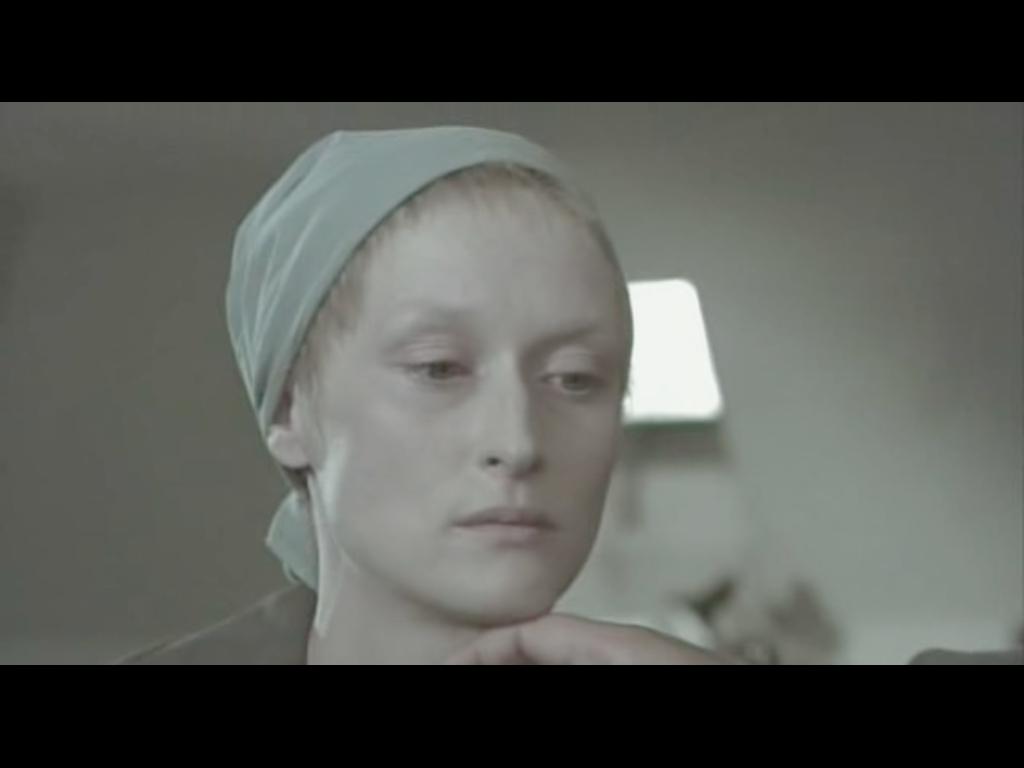 http://4.bp.blogspot.com/-8C_Sl3RJFFc/UHH4L7kEwFI/AAAAAAAAANY/KDX8sCBfCOc/s1600/Meryl+Streep_Sophie%27s+Choice2.jpg