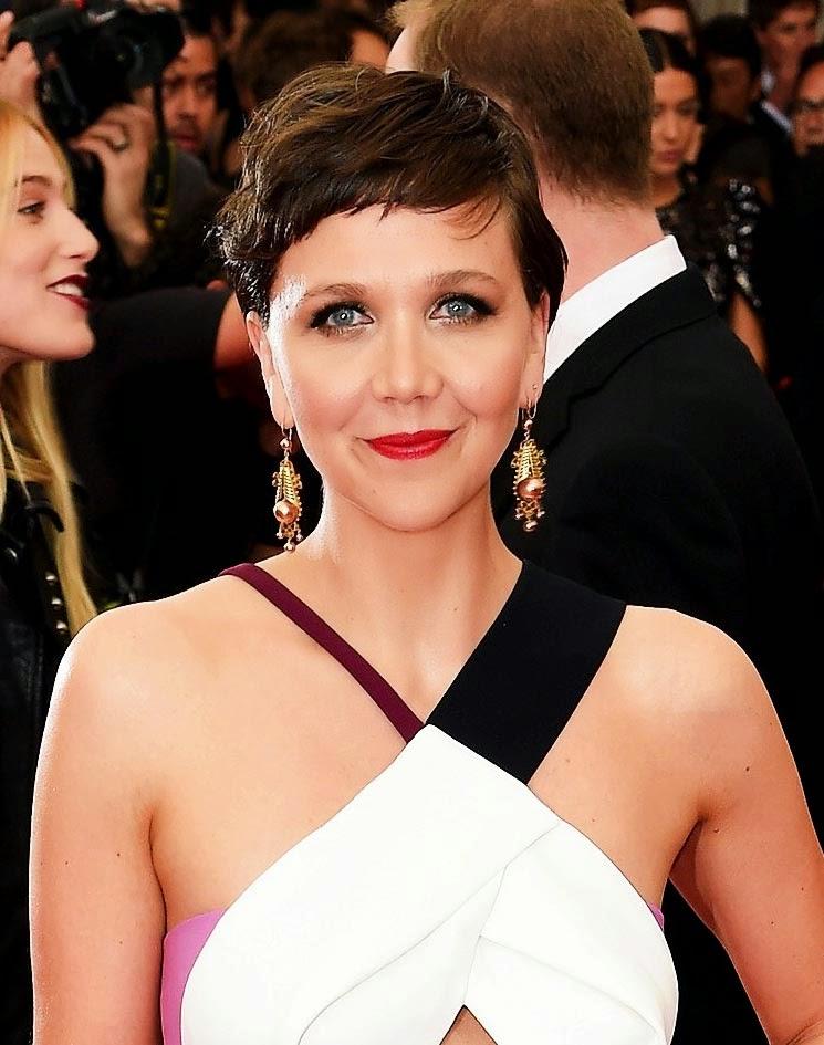 Maggie-Gyllenhaal-Charlotte-Tilbury-Met-Gala-2015