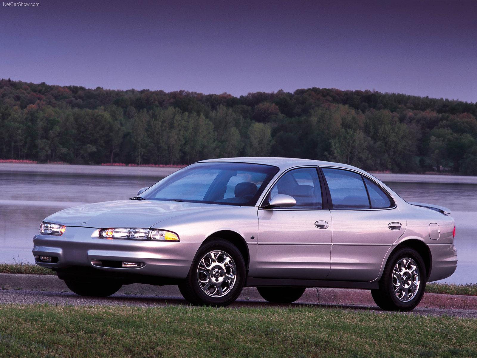 Hình ảnh xe ô tô Oldsmobile Intrigue 2000 & nội ngoại thất