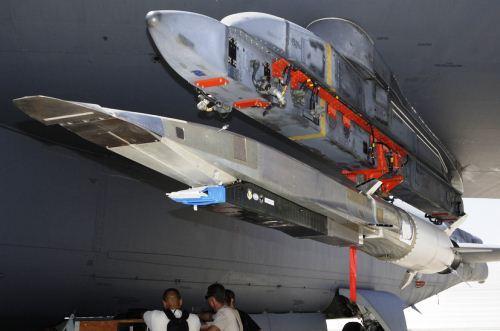 X-51A Waverider di sayap B-52