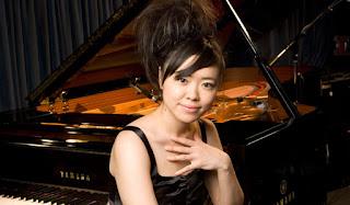 http://jazzdocu.blogspot.it/2015/06/hiromi-jazz-in-marciac-2010.html