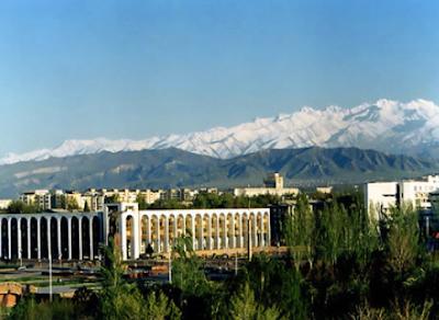 kyrgyzstan tours, kyrgyzstan art craft, kyrgyz holidays