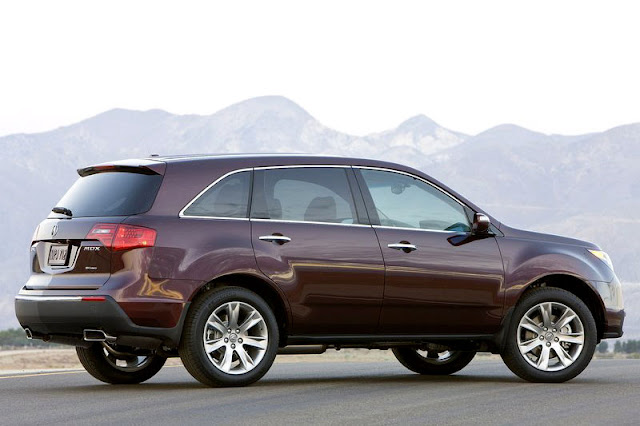 2012-Acura-MDX-Exterior-Back