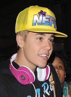 justin bieber yellow cap 2013