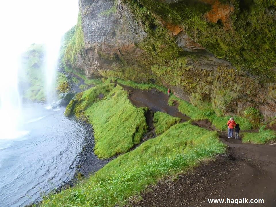 شلال Seljalandsfoss  l اجمل الشلالات في العالم 576364_1178373717053