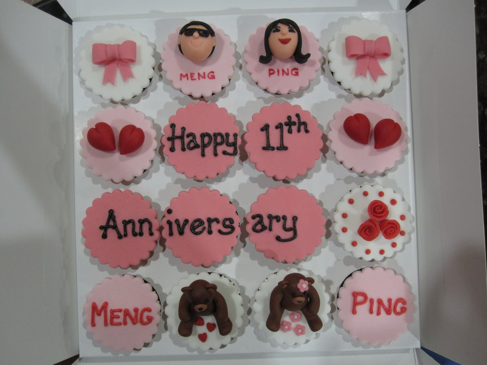 Js cakes: anniversary cupcakes