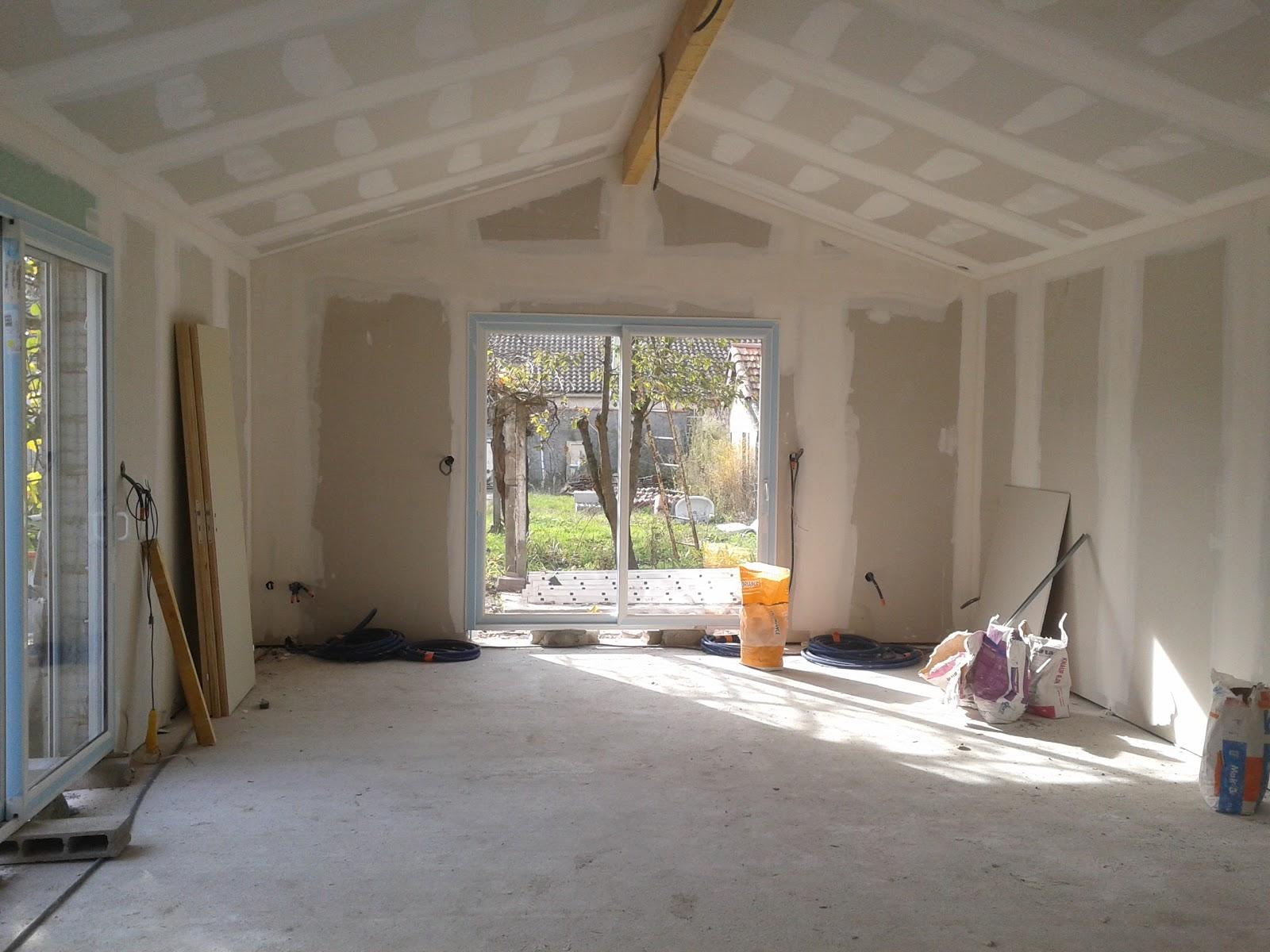 Dos santos isolation des combles et plaquistes plafonds - Chambre avec plafond en pente ...