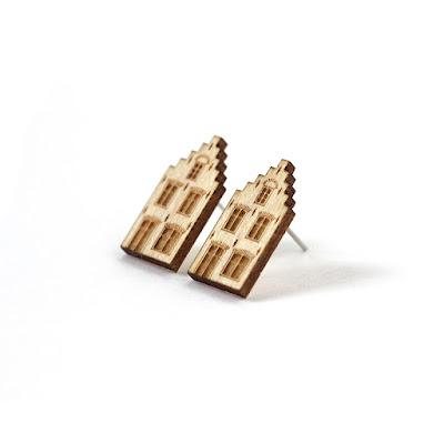 http://www.lesfollesmarquises.com/product/clous-d-oreille-delft