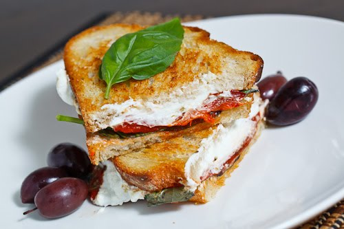 Marinated Roasted Red Pepper Grilled Cheese Sandwich on Closet Cooking