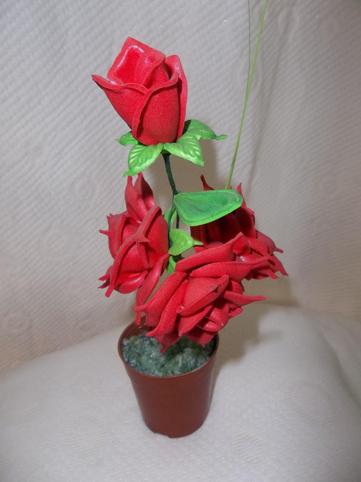 Flores en goma eva rosas y pimpollos - Flor de goma eva ...