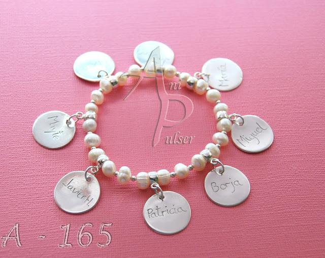 Pulsera plata y perlas personalizada