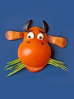Фигурка от домат кравичка