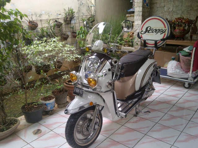modifikasi motor honda scoopy retro