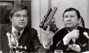 cia+secret+gun+01 ΑΠΙΣΤΕΥΤΟ BINTEO: Όπλο της CIA που προκαλεί καρδιακή προσβολή!!!