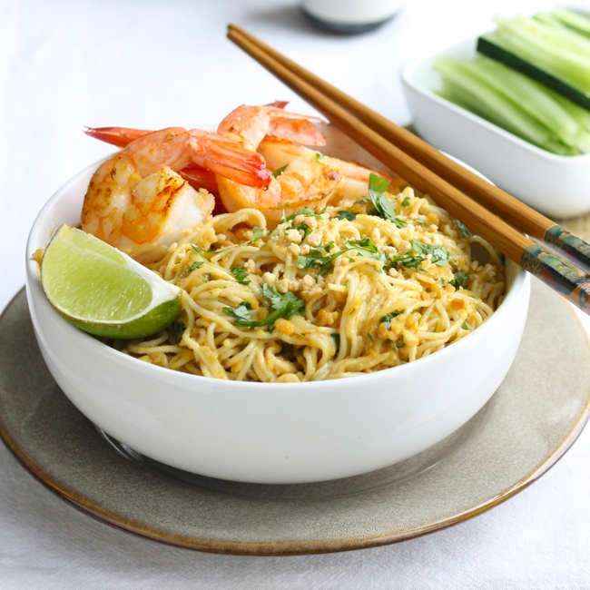 Spicy Peanut Noodles with Shrimp by SeasonwithSpice.com