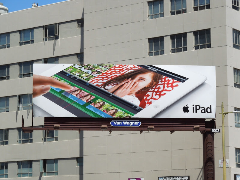 Apple iPad 3 second wave billboard