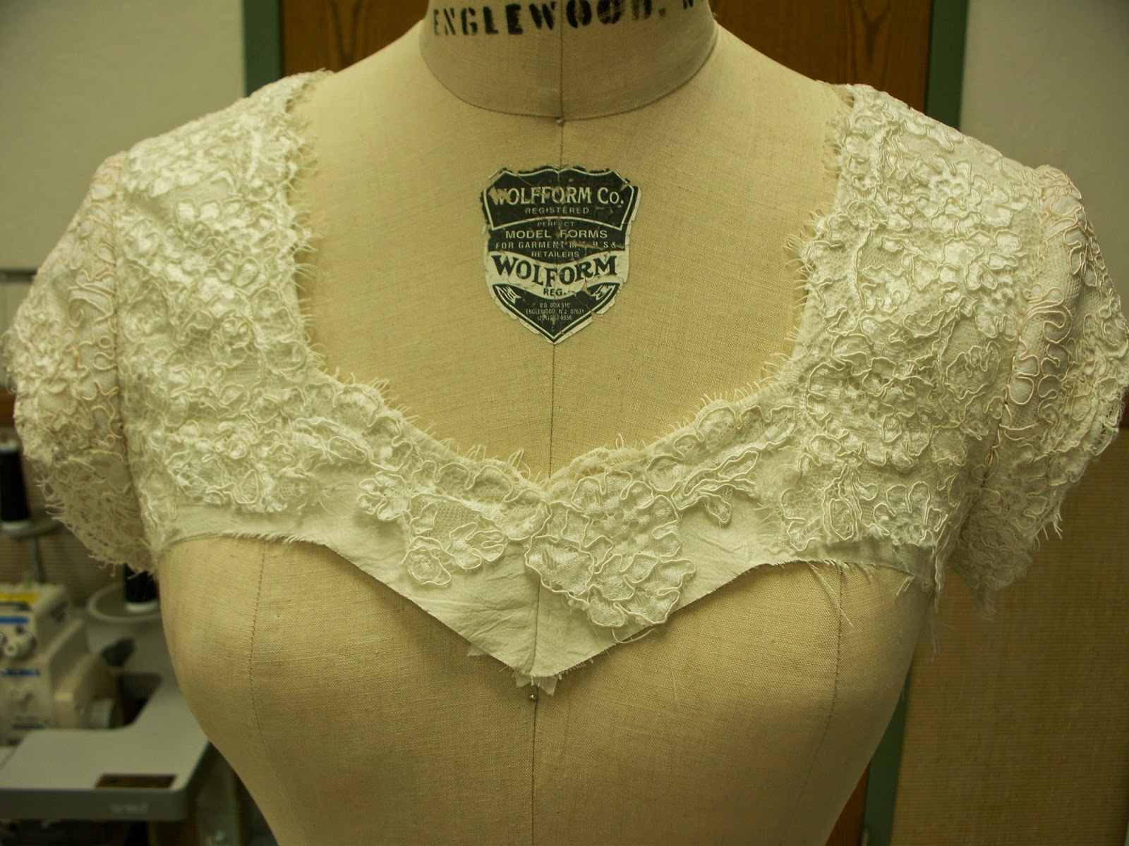 Sewcreatelive how to add lace sleeves and shoulders to a for Adding cap sleeves to a wedding dress
