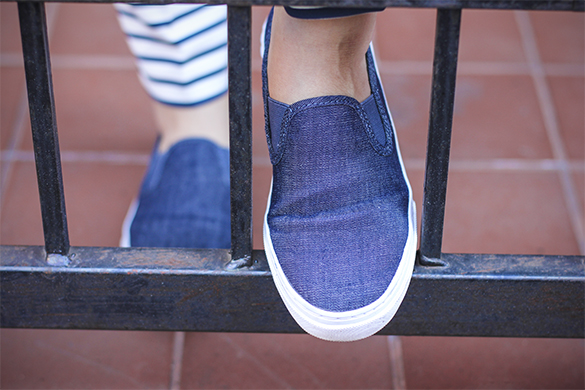 Gap blue denim sneakers