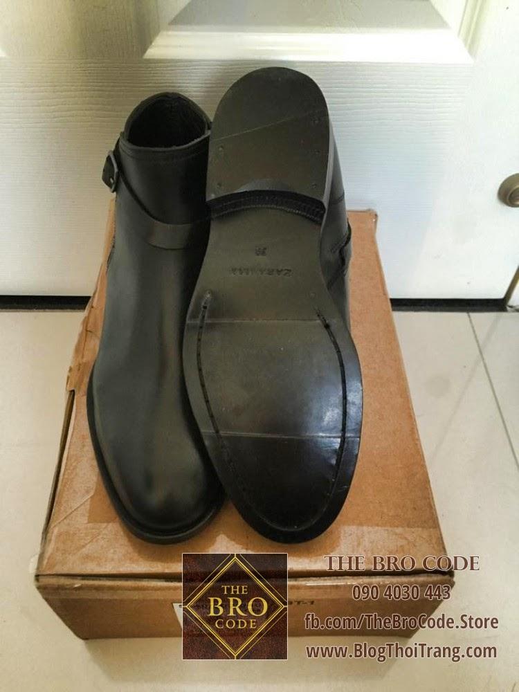 Một đôi giày Zara may theo phương pháp Blake Stitch
