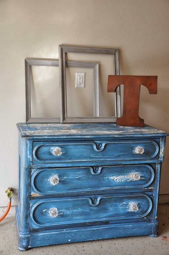 http://fabrehabcreations.blogspot.com/2013/10/buffet-with-secret-drawer.html