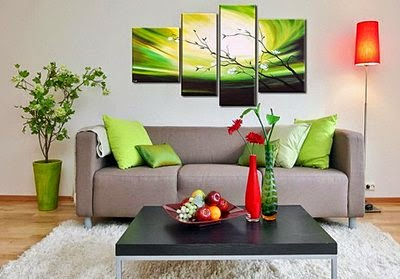 Living room wall art ideas 20 posters and paintings for Wall art paintings for living room