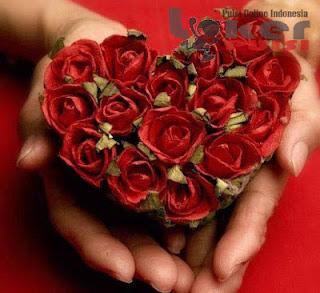 Puisi cinta romantis untuk pacar pendek paling indah dan manis