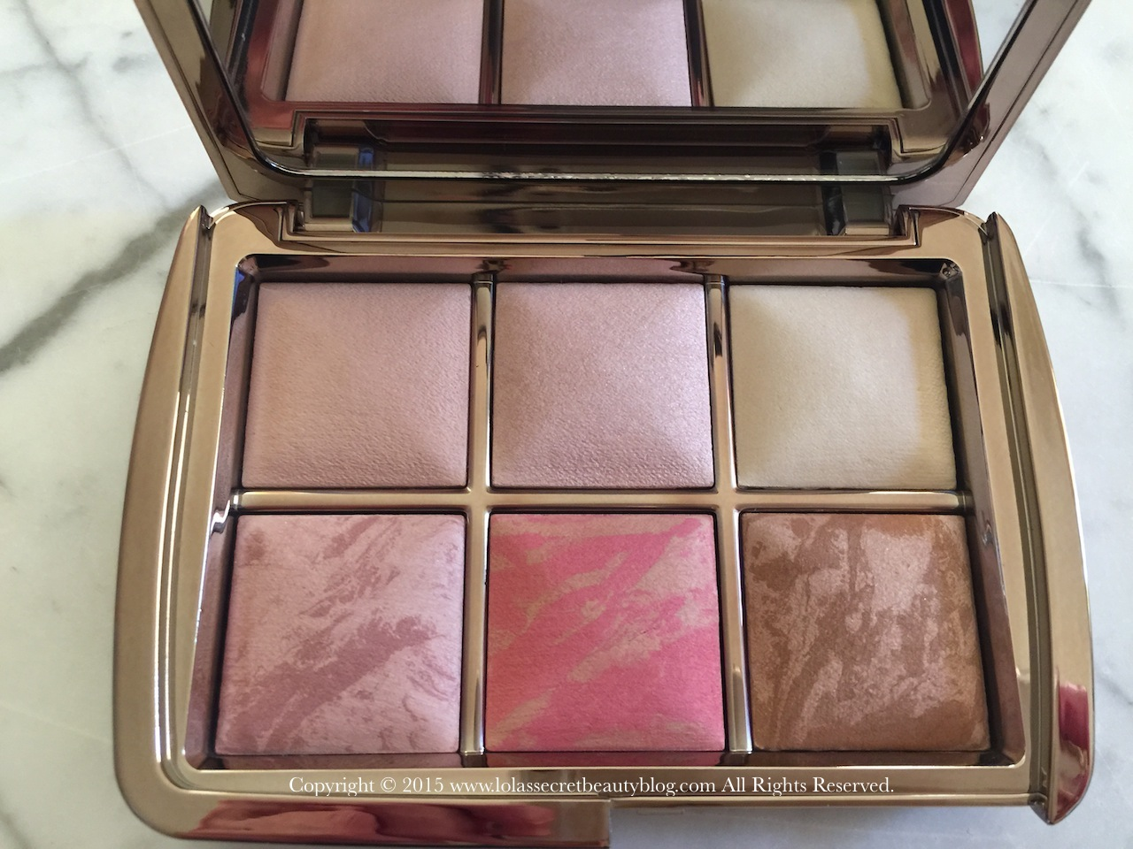how to use hourglass ambient lighting powder
